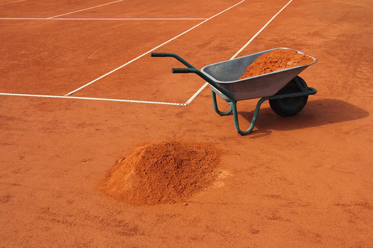 Tennisplatzinstandsetzen